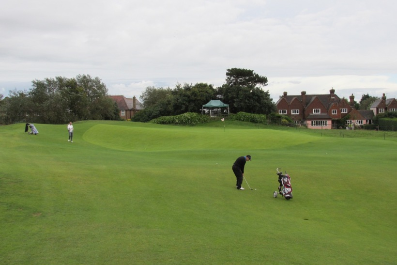 The beautiful 4th green at Royal St. George's