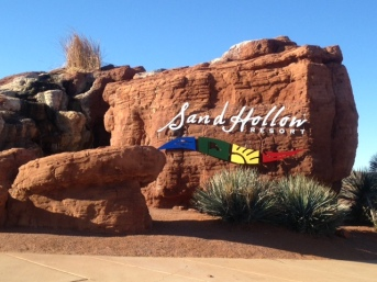 SandHollow-Sign