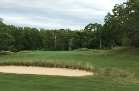 #15 - Par 5 - Cross bunker on the approach right