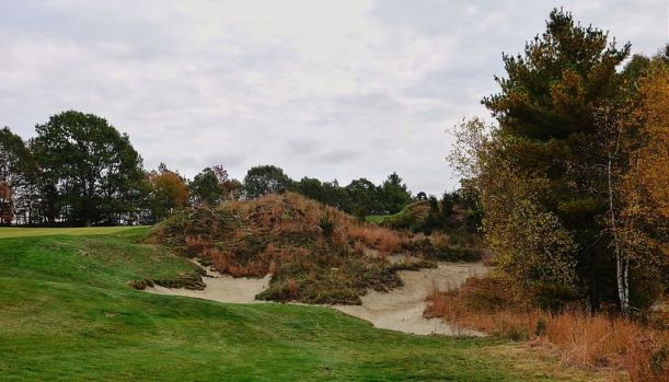 BostonGC5-FairwayBunker.jpg